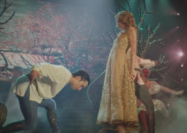 Taylor Swift - Sparks Fly 高清MV